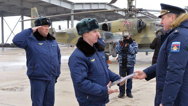 Торжественная церемония передачи новых ударных вертолетов Ка-52 Аллигатор личному составу вертолетного полка ЮВО в Краснодарском крае в рамках планового переоснащения
