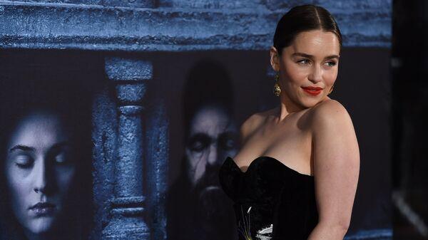Эмилия Кларк на премьере шестого сезона сериала Игра престолов в Лос-Анджелесе
