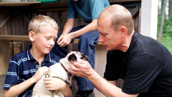 Владимир Путин в деревне Верхние Мондроги