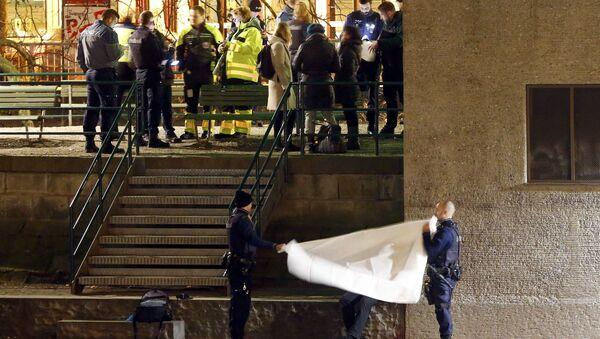 Полиция недалеко от места нападения на исламский молитвенный центр в Цюрихе, Швейцария