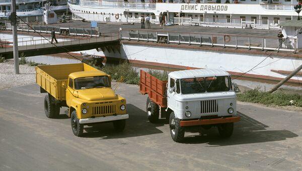 Грузовые автомобили ГАЗ-53 и ГАЗ-66-01
