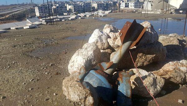 Снаряды в освобожденном квартале восточного Алеппо в Сирии