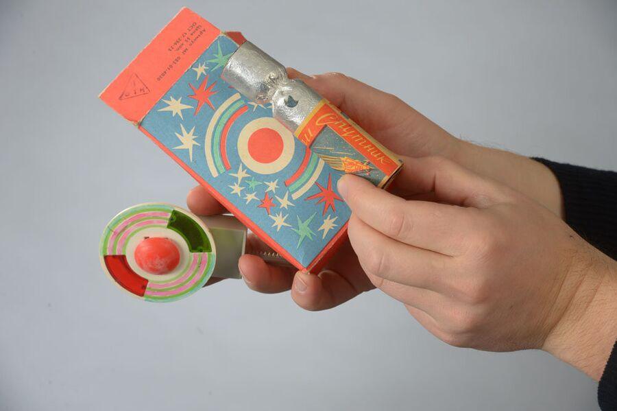 Праздничная упаковка из коллекции Московского Музея Дизайна