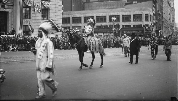 Парад для нового президента Франклина Рузвельта в Вашингтоне, округ Колумбия, США, 1933