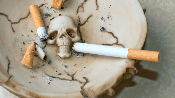Сигареты в пепельнице