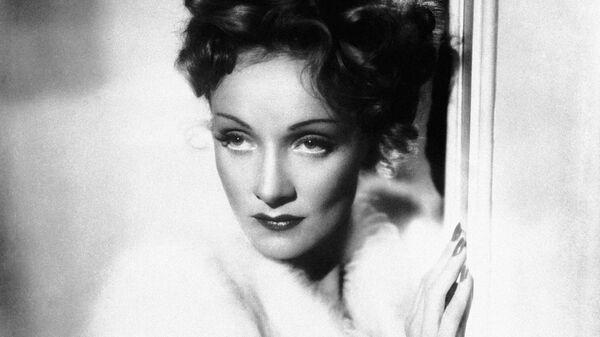 Актриса Марлен Дитрих в Нью-Йорке