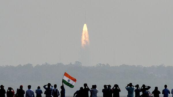 Запуск индийской ракеты-носителя PSLV-C37. Архивное фото