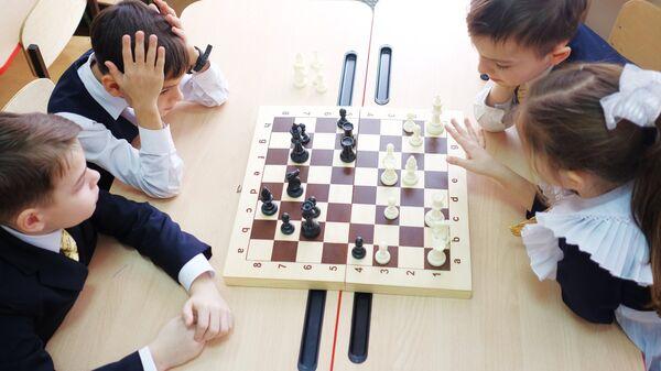 Шахматный кружок в школе Краснодара