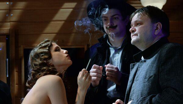 Сцена из спектакля Безымянная звезда в Театре-студии под управлением О. Табакова