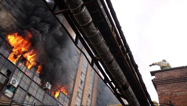 Пожар на заводе в Краснодаре