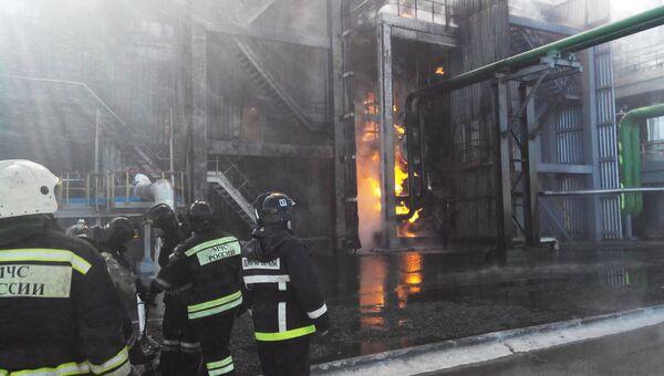 Пожар на территории предприятия Куйбышевазот в Тольятти