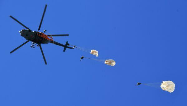 Занятия по парашютной подготовке спецподразделения Витязь