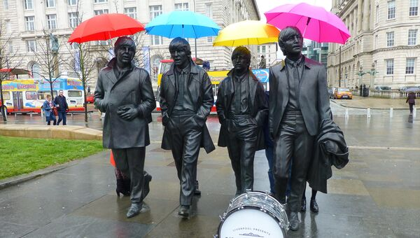 Памятник ливерпульской четверке у доков Ливерпуля. Архивное фото