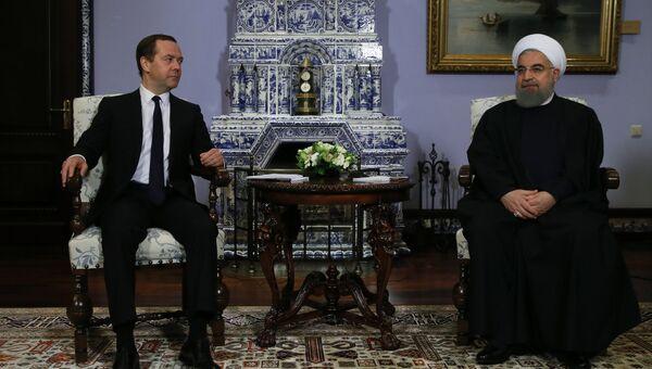 Председатель правительства РФ Дмитрий Медведев во время встречи с президентом Ирана Хасаном Рухани. 27 марта 2017