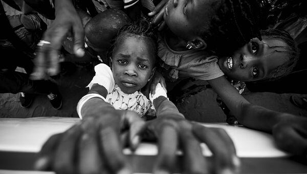 Работа фотографа из Португалии Luís Godinho Window для 2017 Sony World Photography Awards