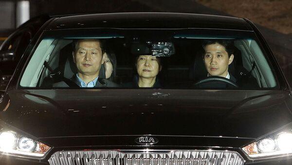 Экс-президент Южной Кореи Пак Кын Хе после вынесения решения об аресте в Сеуле. 31 марта 2017