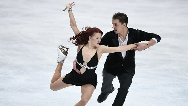 Екатерина Боброва и Дмитрий Соловьев на чемпионате мира по фигурному катанию в Хельсинки. 31 марта 2017