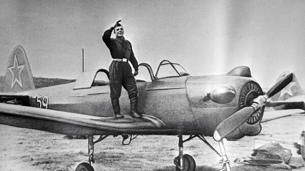 Курсант авиационного училища в г. Оренбурге Юрий Гагарин