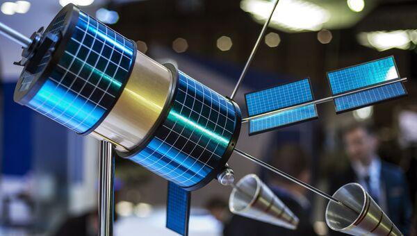 Космический аппарат Гонец-М на стенде компании ОАО Информационные спутниковые системы