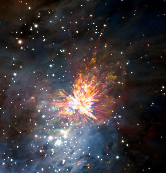 Фотография рождения звезды в созвездии Ориона