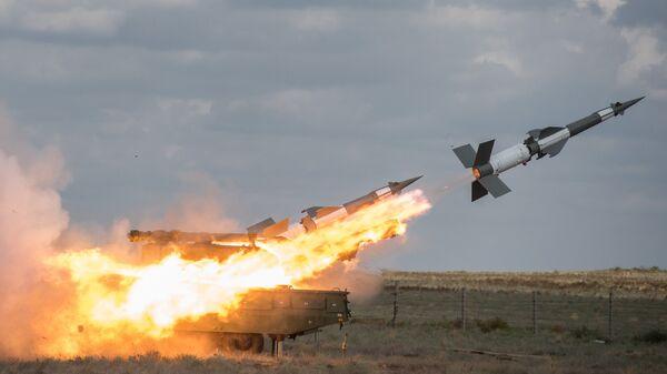 Зенитный ракетный комплекс Печора-2М  во время совместных учений объединенной системы ПВО стран СНГ Боевое Содружество