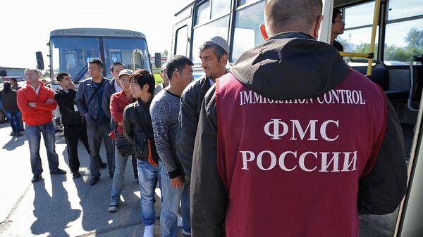 Ситуация с трудовой миграцией в России. Архивное фото