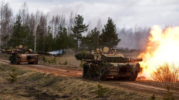Танки M1 Abrams на международных военных учениях НАТО в Латвии. Архивное фото