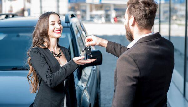 Покупка нового автомобиля в салоне