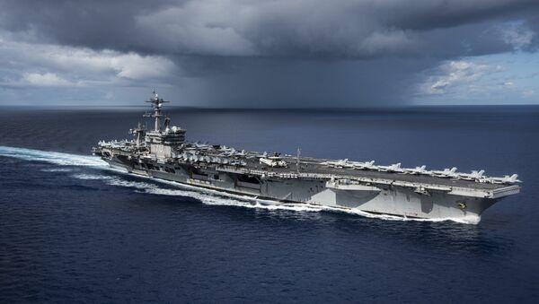 Авианосец ВМС США Карл Винсон. Архивное фото