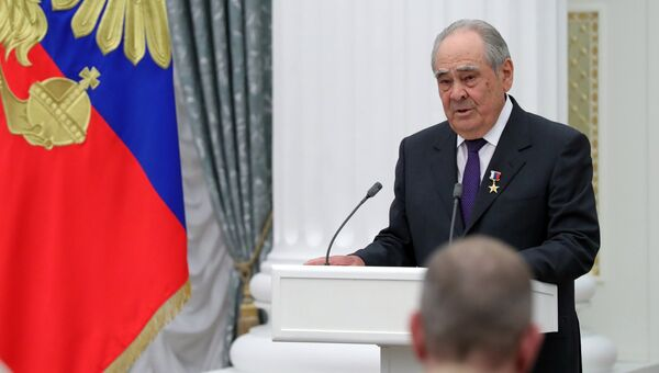 Минтимер Шаймиев на церемонии вручения медалей Герой Труда Российской Федерации. 28 апреля 2017