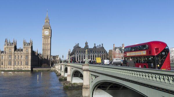Вестминстерский мост через Темзу в Лондоне. Архивное фото