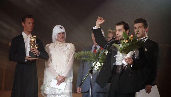 Вручение премии Овация-93 Федору Бондарчуку