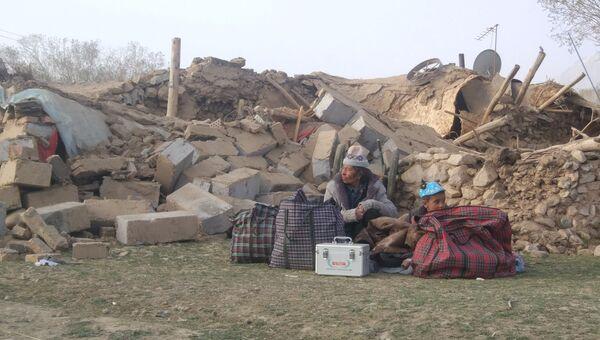 Последствия землетрясения магнитудой 5,5 в округе Таксорган, автономный регион Синьцзян, 11 мая 2017