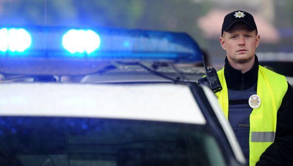 Сотрудник украинской полиции . Архивное фото