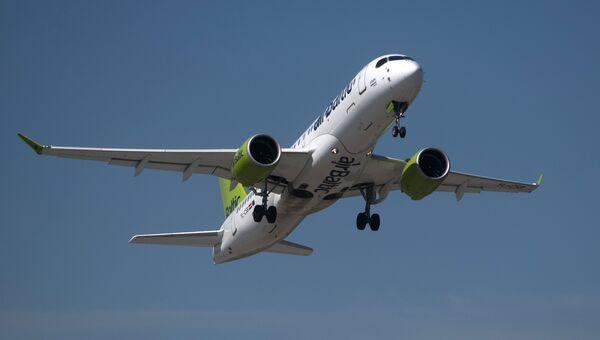 Самолет Bombardier. Архивное фото