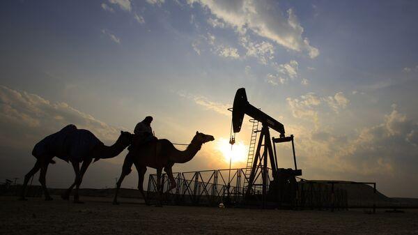 Нефтяная вышка, Архивное фото