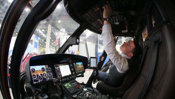 Кабина лёгкого многоцелевого вертолёта Ансат на X международной выставке вертолетной индустрии HeliRussia в Международном выставочном центре Крокус Экспо в Москве