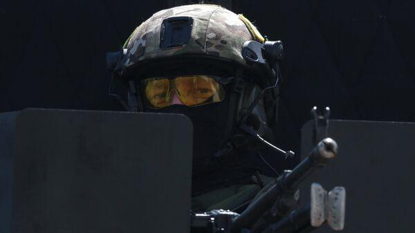 Сотрудник подразделения спецназначения ФСБ России. Архивное фото