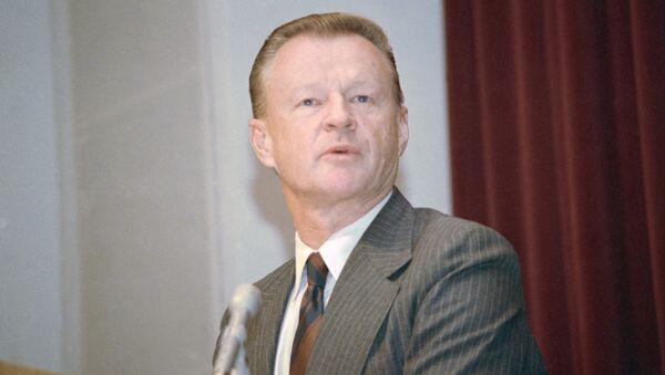 Американский политолог Збигнев Бжезинский в 1987 году