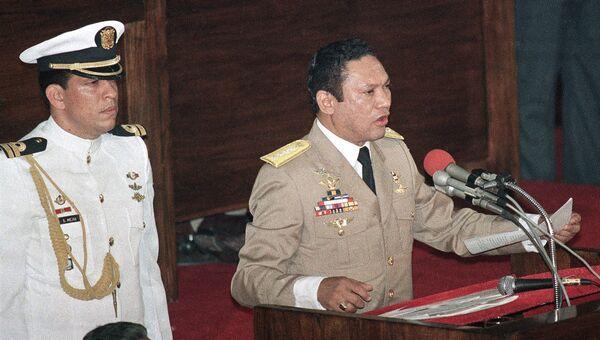 Панамский военный деятель Мануэль Норьега, 1988