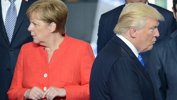 Федеральный канцлер ФРГ Ангела Меркель и Президент США Дональд Трамп на саммите НАТО в Брюсселе