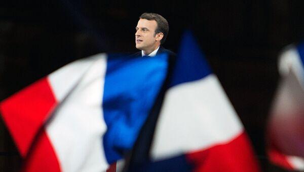 Эммануэль Макрон во время выступления после победы на выборах президента в Париже