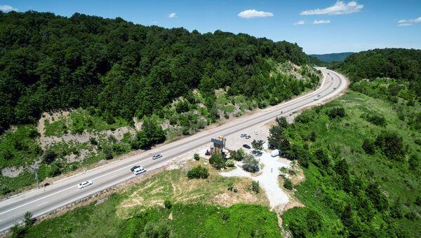 Участок федеральной автомобильной дороги М-4 Дон в Краснодарском крае. Архивное фото