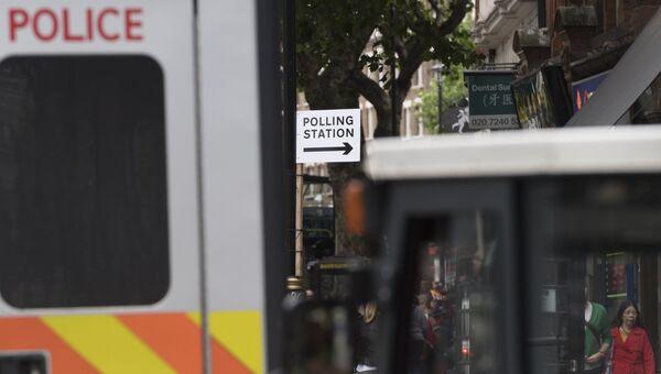 Полицейский автомобиль в Великобритании. Архивное фото