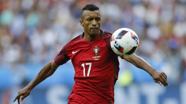 Футболист Нани