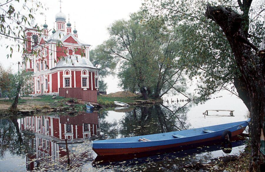 В городе Переславль-Залесский