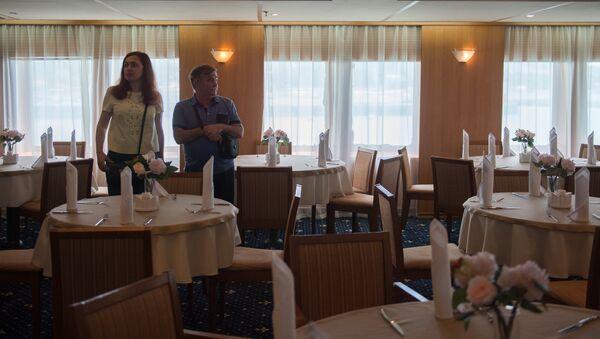 Ресторан на борту круизного лайнера Князь Владимир