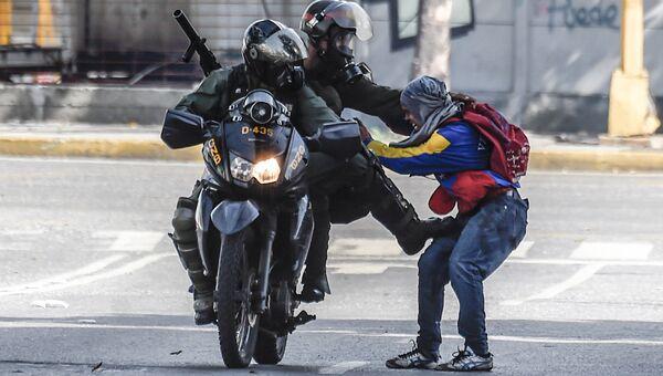 Беспорядки в Венесуэле. Архивное фото