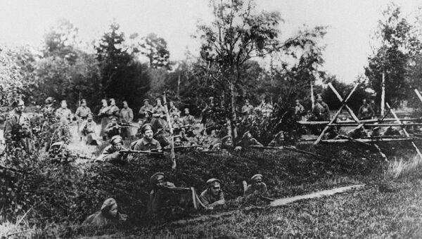 Сторожевая застава революционных войск под Петроградом в дни Корниловского мятежа. 1917 г.