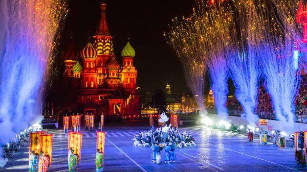 Коллектив из Китая на фестивале Спасская башня